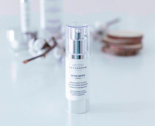 ESTHEDERM product photo, Esthe White Brightening Youth Serum 30ml, reduces dark spots, even skin tone, hyperpigmentation