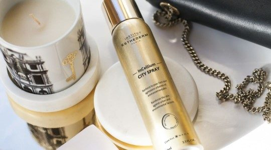 ESTHEDERM product photo, City Spray 100ml, antioxidant mist, strengthens, natural defence, youthful-looking skin.